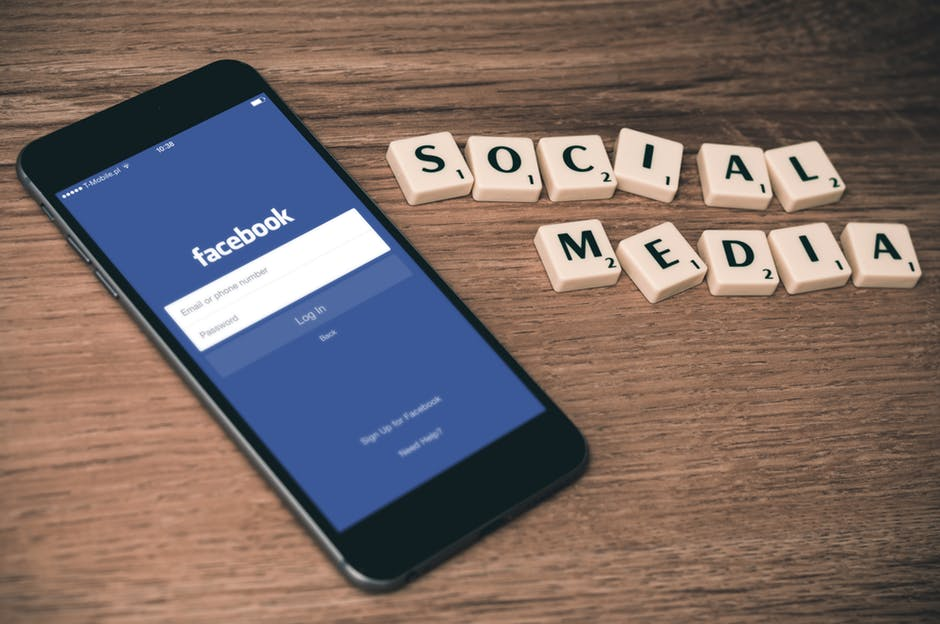 using social media to sell your nashville home